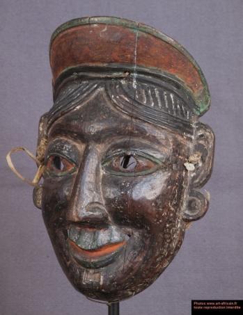 Masque de Jeimuh souriante - Himalaya
