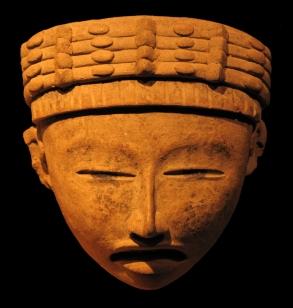 Masque totonaque en terre cuite polychrome - entre 550 et 950 - Veracruz
